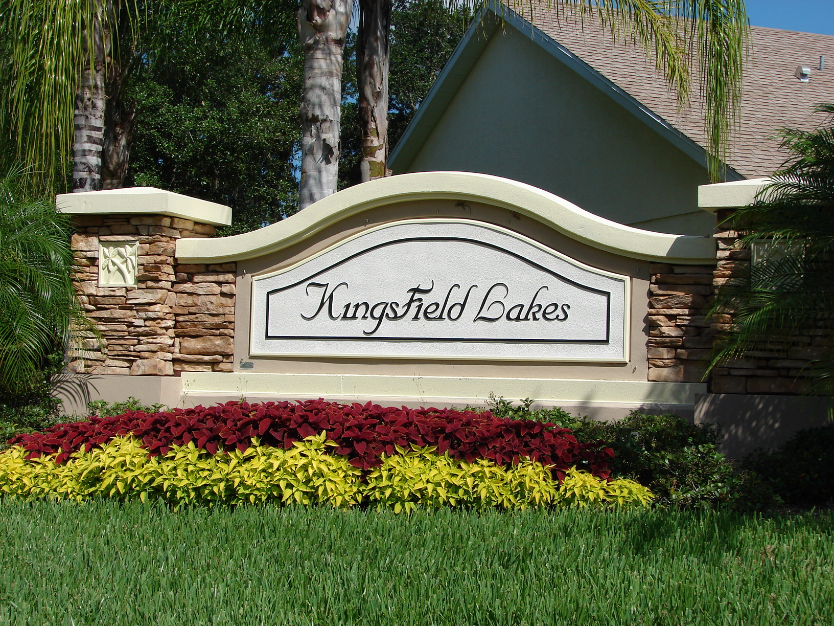 Kingsfield Lakes Homes for Sale