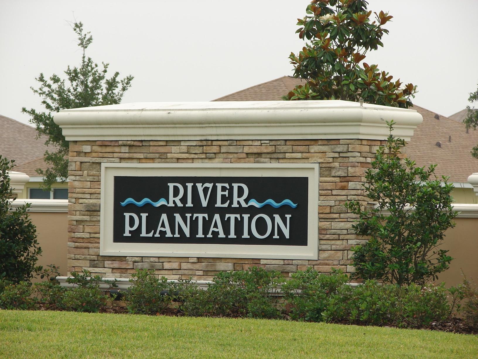River Plantation Real Estate